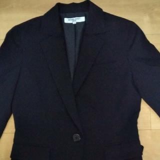 ナチュラルビューティーベーシック(NATURAL BEAUTY BASIC)のNaturalBeautyBasic黒スーツジャケット(ノーカラージャケット)