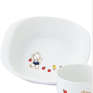 ファミリア(familiar)の新品未開封 ファミリア 食器 PET深皿、浅皿 (離乳食器セット)