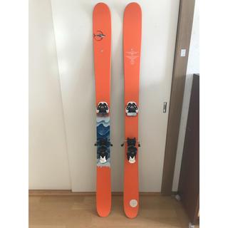 LINE  スキー サーフラシスベーコンショーティ(板)