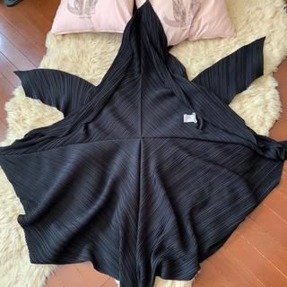 イッセイミヤケ(ISSEY MIYAKE)のレア イッセイミヤケ ファーストライン 変形 六角形 デザイン羽織り(ノーカラージャケット)
