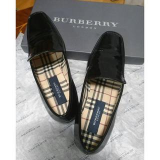 バーバリー(BURBERRY)のBurberry 靴(ローファー/革靴)