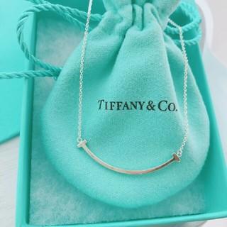 Tiffany & Co. -  新品★ ティファニー★ Tスマイルネックレス