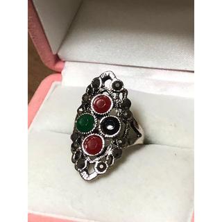 アンティーク指輪❣️赤、緑、黒 3色が可愛い💕13号 最終価格‼️(リング(指輪))
