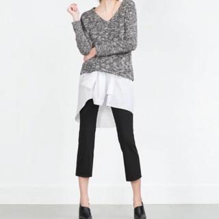 ザラ(ZARA)の♡未使用♡ZARAブローチ風ディテール付セーター♡(ニット/セーター)