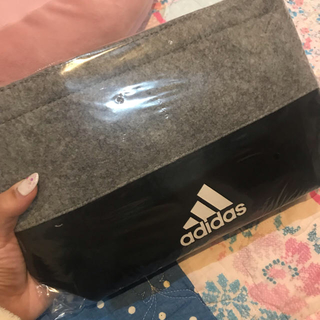 アディダス(adidas)のアディダス ミニバック(ハンドバッグ)