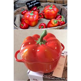 ストウブ(STAUB)のストウブ新品セラミックパプリカココットオレンジ定価¥3,780ベジタブルガーデン(食器)