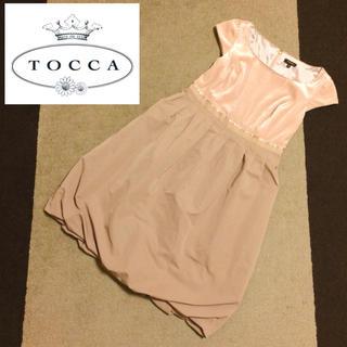 トッカ(TOCCA)の【TOCCA】♡ベロア切り替えワンピースドレス+.*(ひざ丈ワンピース)