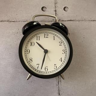 イケア(IKEA)の目覚まし時計(置時計)