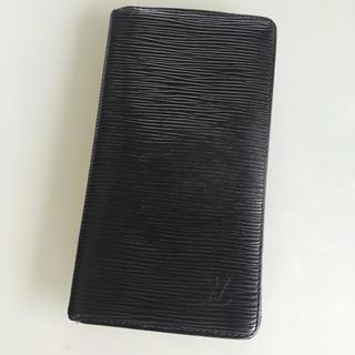 ルイヴィトン(LOUIS VUITTON)の鑑定済 ルイ ヴィトン エピライン ブラックレザー長財布  (長財布)