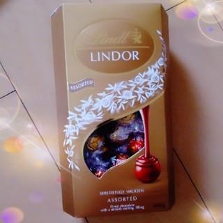 リンツ(Lindt)のリンツリンドールのチョコレート1箱  ミックス600g【4種類】(菓子/デザート)