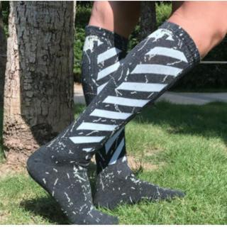 大人気!斜線 ソックス 2足組 セット ブラック 色 靴下 ソックス バイアス(ソックス)