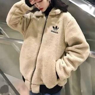 アディダス(adidas)の新品アディダス 冬服両面着れるパーカー(パーカー)