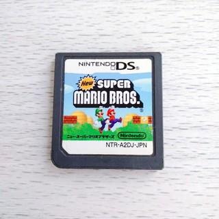 ニンテンドーDS(ニンテンドーDS)のNEW スーパーマリオブラザーズ(家庭用ゲームソフト)