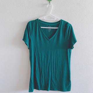 ジーユー(GU)のVネック Tシャツ(Tシャツ(半袖/袖なし))