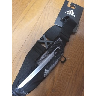 アディダス(adidas)のnotin様専用 2【新品未使用】アディダス ランニングポーチ ベルトポーチ(その他)