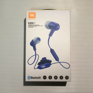 ジェイビーエス(JBS)の新品 JBL E25BT ワイヤレスイヤホン ブルー(ヘッドフォン/イヤフォン)