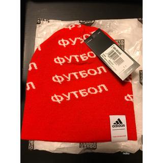 アディダス(adidas)の【 Gosha x adidas 】GSH BEANIE ニットキャップ red(ニット帽/ビーニー)