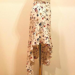 ZARA - 花柄アンバランススカート