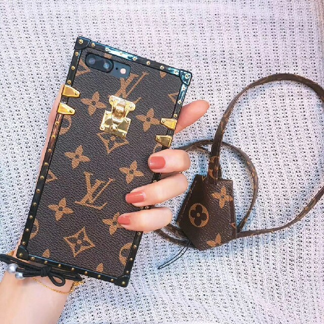 moschino iphone7 ケース xperia | LOUIS VUITTON - ★ルイヴィトン★Iphoneケース スマホケース ★大人気★新品の通販 by 水樹奈々's shop|ルイヴィトンならラクマ