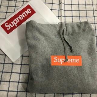 シュプリーム(Supreme)のMグレーSupremeBoxLogoHoodedSweatshirt(パーカー)