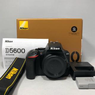 ニコン(Nikon)の新品級 Nikon ニコン D5600ボディ シャッター回数 824回(デジタル一眼)