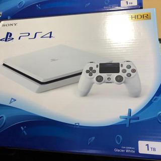 プレイステーション4(PlayStation4)のプレステ4とソフト(家庭用ゲーム本体)