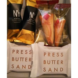 グレイシアミルク&プレスバターサンド&N.Y.パーフェクトチーズ セット(菓子/デザート)