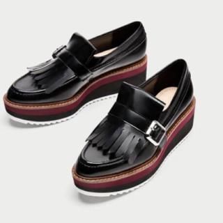 ザラ(ZARA)のZARA フリンジ付き プラットフォーム モカシン(ローファー/革靴)