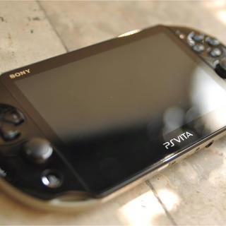 プレイステーションヴィータ(PlayStation Vita)のpsvita 2000(携帯用ゲーム本体)