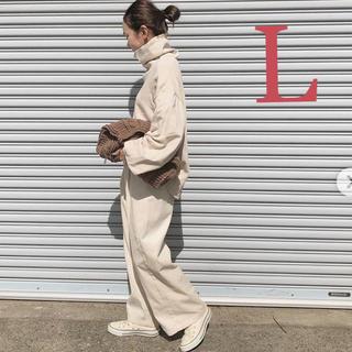 ジーユー(GU)の今期 最新 新品 タグ付き GU gu ❤️ 大人気 コーデュロイ ワイドパンツ(カジュアルパンツ)