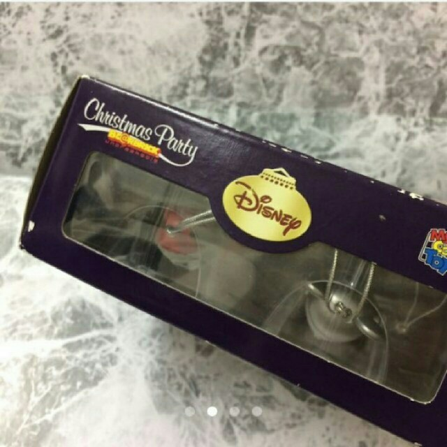 ミッキーマウス(ミッキーマウス)の【ベアブリック】ディズニー クリスマス ベアブリック  ミッキーマウス シルバー エンタメ/ホビーのおもちゃ/ぬいぐるみ(キャラクターグッズ)の商品写真