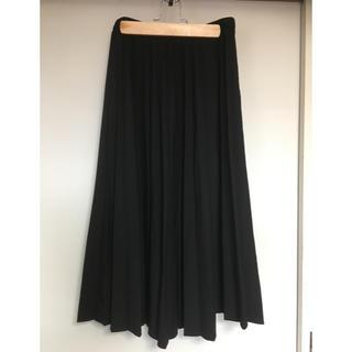 ユニクロ(UNIQLO)のUNIQLO プリーツスカート ブラック(ロングスカート)