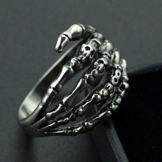 大人気 骸骨の手 スカルハンド リング 指輪 20号(リング(指輪))