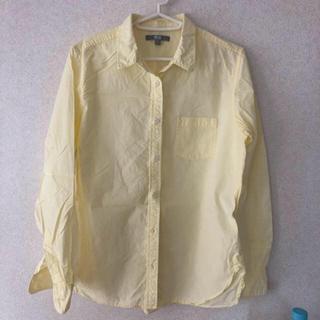 ユニクロ(UNIQLO)の美品 ユニクロ シャツ 黄色(シャツ/ブラウス(長袖/七分))