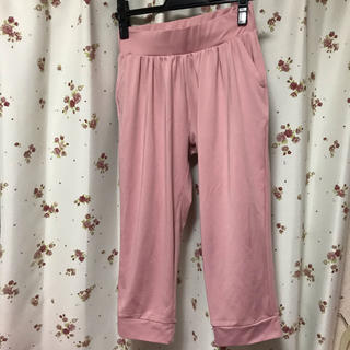ジーユー(GU)のGU スポーツ パンツ ピンク スパッツ レギンス スポーツウェア (ウェア)