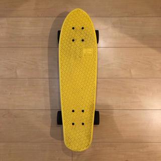 グローブトロッター(GLOBE-TROTTER)のGLOBE スケボー 黄色 yellow ペニー penny(スケートボード)