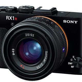 meganeさん専用RX1Rm2 (コンパクトデジタルカメラ)