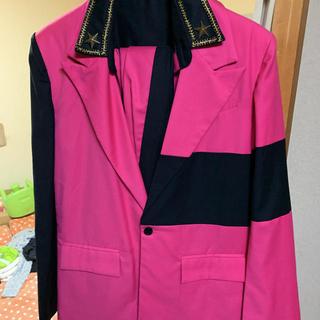 ピンクのスーツ(セットアップ)