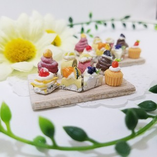 SALE!カットケーキアラカルト☆ミニチュアハンドメイド【シルバニアサイズ】(ミニチュア)