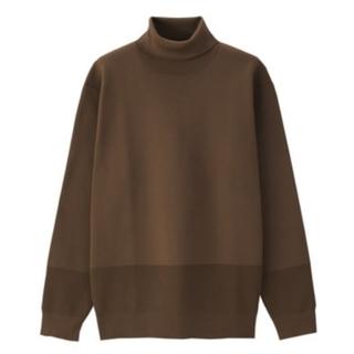 しっかりした編地で作った タートルネックセーター