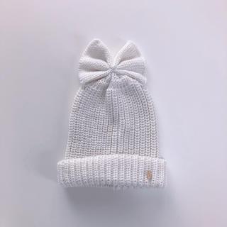 プティマイン(petit main)のpetit main リボン付きニット帽(帽子)