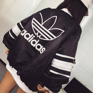 アディダス(adidas)のナイロンジャケット(ナイロンジャケット)