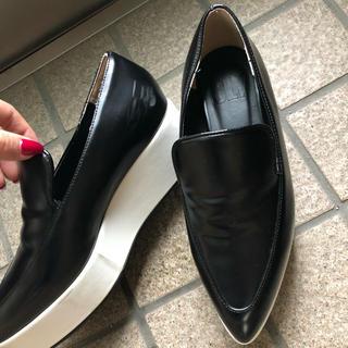 スライ(SLY)のSLY 厚底 ローファー(ローファー/革靴)