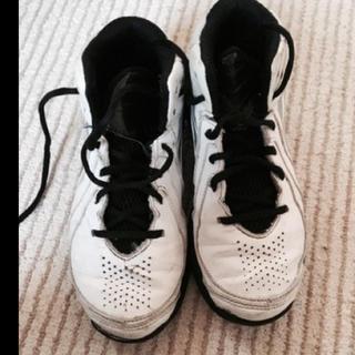 アディダス(adidas)のadidas バスケットシューズ21.5㎝(バスケットボール)