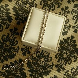 ホワイトゴールドネックレス(ネックレス)