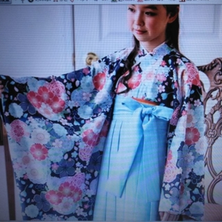 Catherine Cottage - 新品未使用🌸150㎝卒業式用着物👘、刺繍入り袴4点セットです