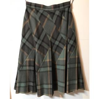 ヴィヴィアンウエストウッド(Vivienne Westwood)の未使用 ヴィヴィアン チェックスカート サイズ38(ロングスカート)