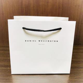 ダニエルウェリントン(Daniel Wellington)の DANIEL WELLINGTON《ショップ袋》ホワイト(ショップ袋)