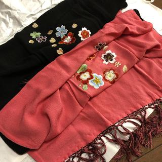 nyaka様 ちりめん素材 リバーシブルストール 梅刺繍(和装小物)