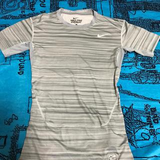 ナイキ(NIKE)のナイキ tシャツ pro combat(Tシャツ(半袖/袖なし))